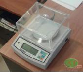 Лабораторні ваги ювелірні FEH-300-B